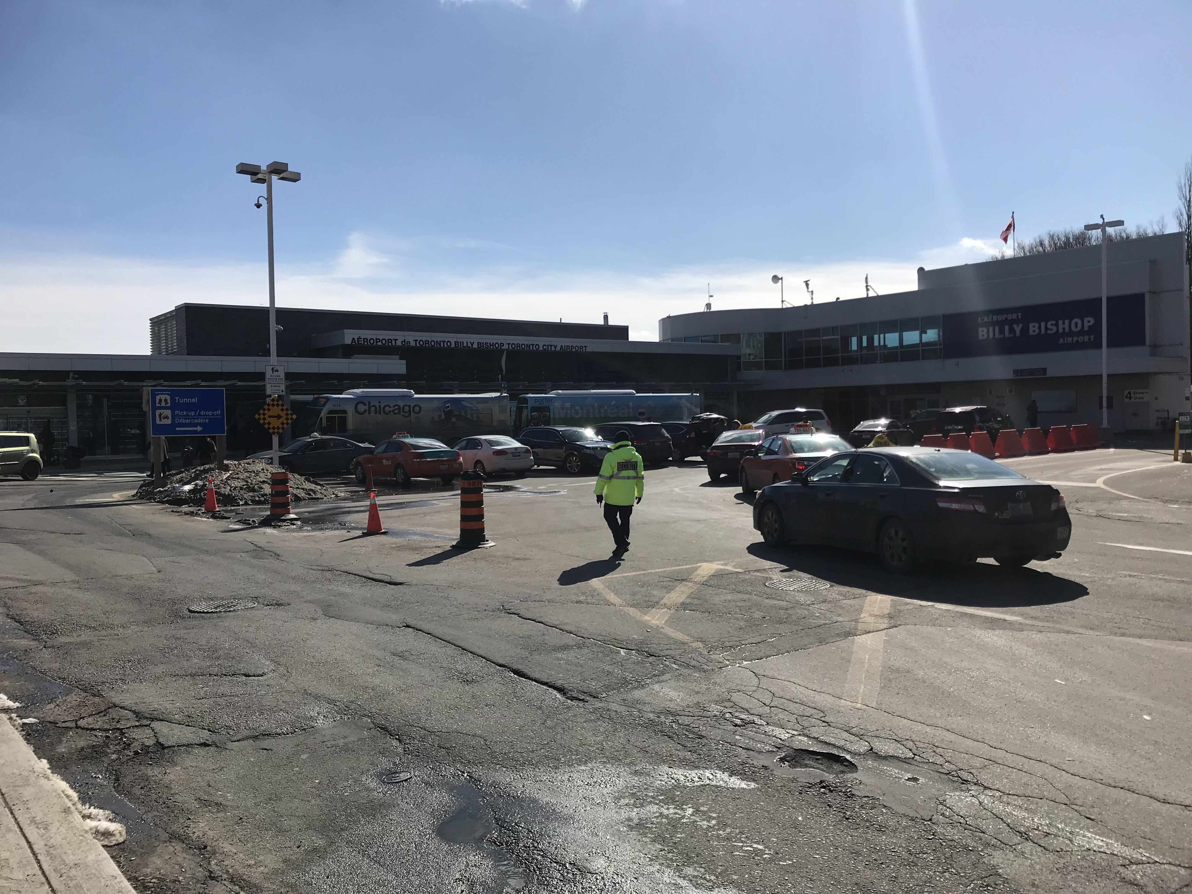 トロントシティー空港