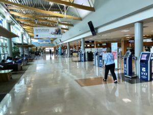 ビクトリア空港