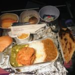【タイ国際航空】隣の客がウザい!!!インド路線の最悪な国際線!!落ち着かないインド人に翻弄される搭乗記 デリー-バンコク