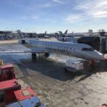 【航空会社】国際線でこの狭さ!? アメリカン航空でカナダへ飛ぶ!