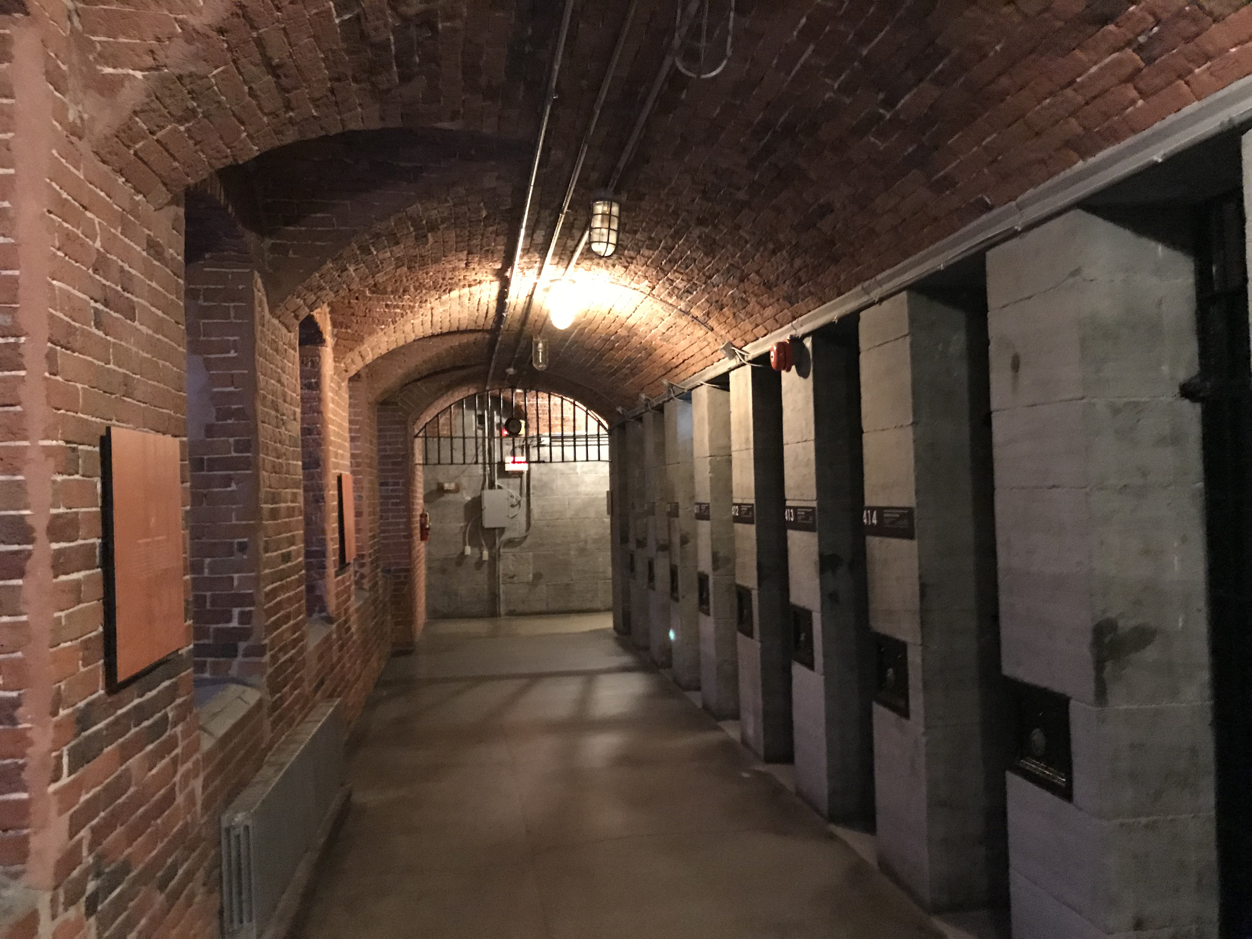 監獄ホテル・オタワ